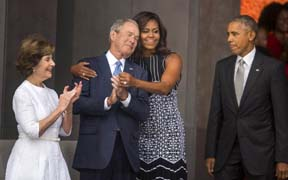 michelle obama hugs george bush